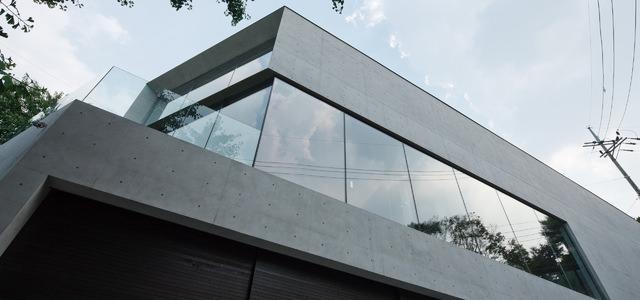 黒崎 敏 / APOLLO Architects & Associates background 1