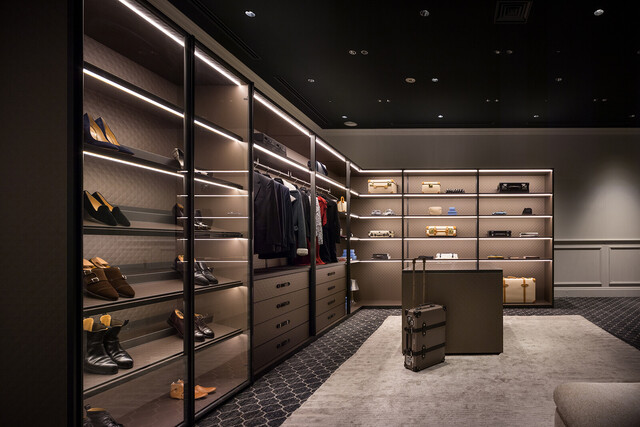 The Wardrobe for GLOBE-TROTTER by Molteni&C image4
