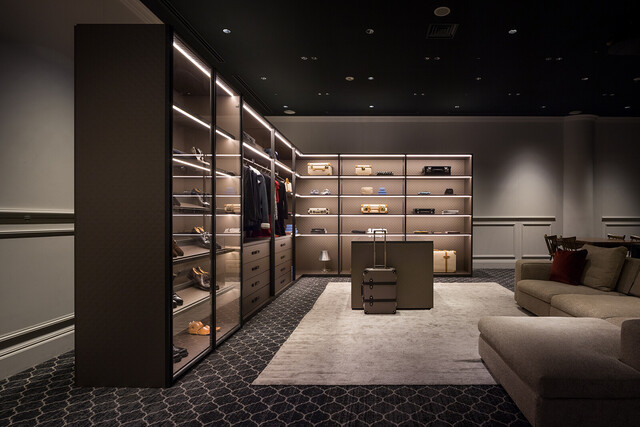 The Wardrobe for GLOBE-TROTTER by Molteni&C thumbnail3