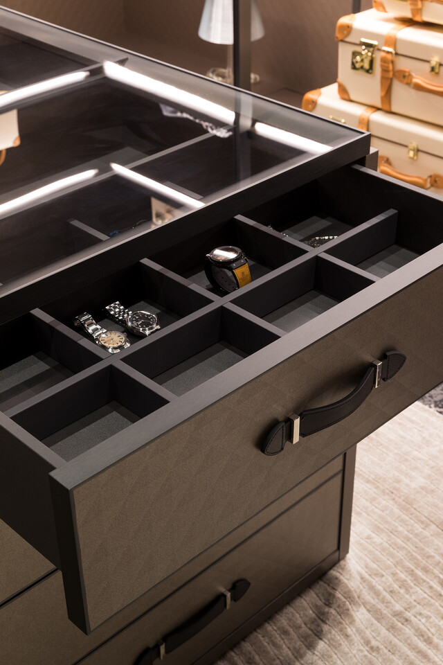 The Wardrobe for GLOBE-TROTTER by Molteni&C image1