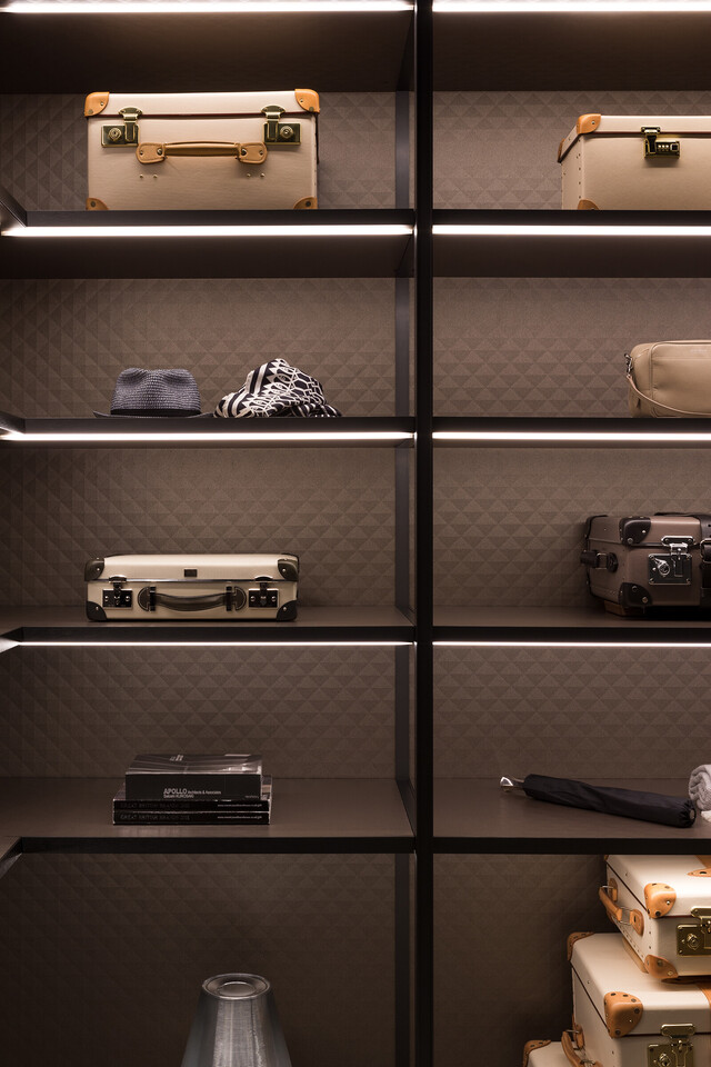 The Wardrobe for GLOBE-TROTTER by Molteni&C image2